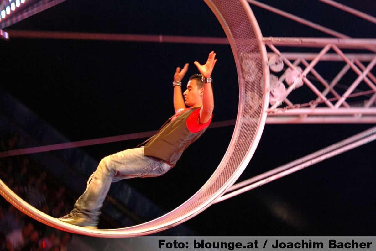 circus-louis-knie-graz-2014-311