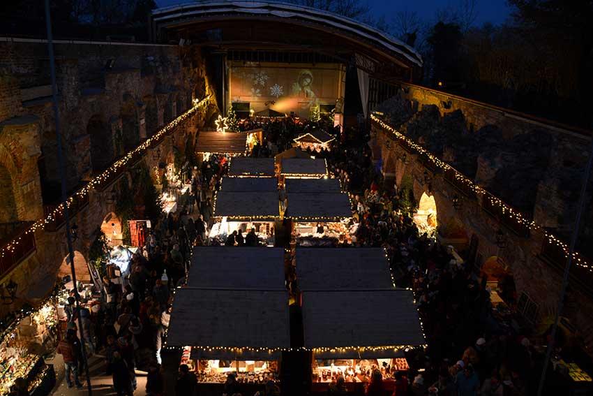 Aufsteirern Christkindlmarkt am Grazer Schloßberg