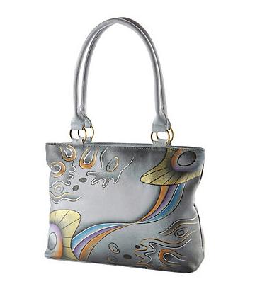 Tolle Taschen kann man auch im Internet finden (gesehen bei www.otto-versand.at)
