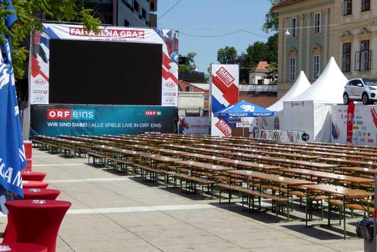 public-viewing-karmeliterplatz-750